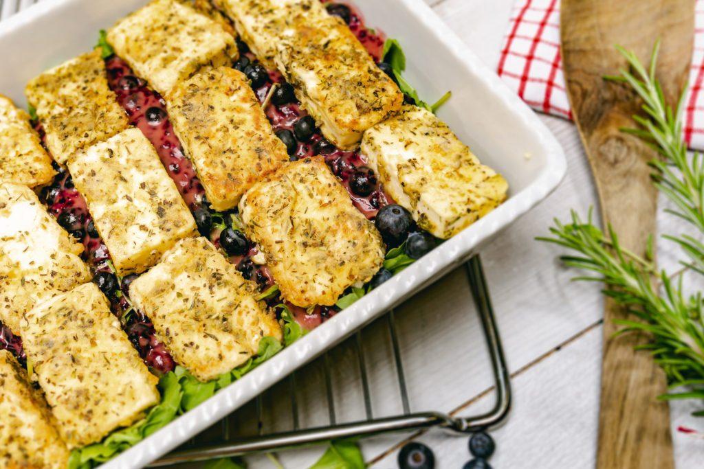 Kräutersalat mit Hirtenkäse_Rezept von Landgemachtes