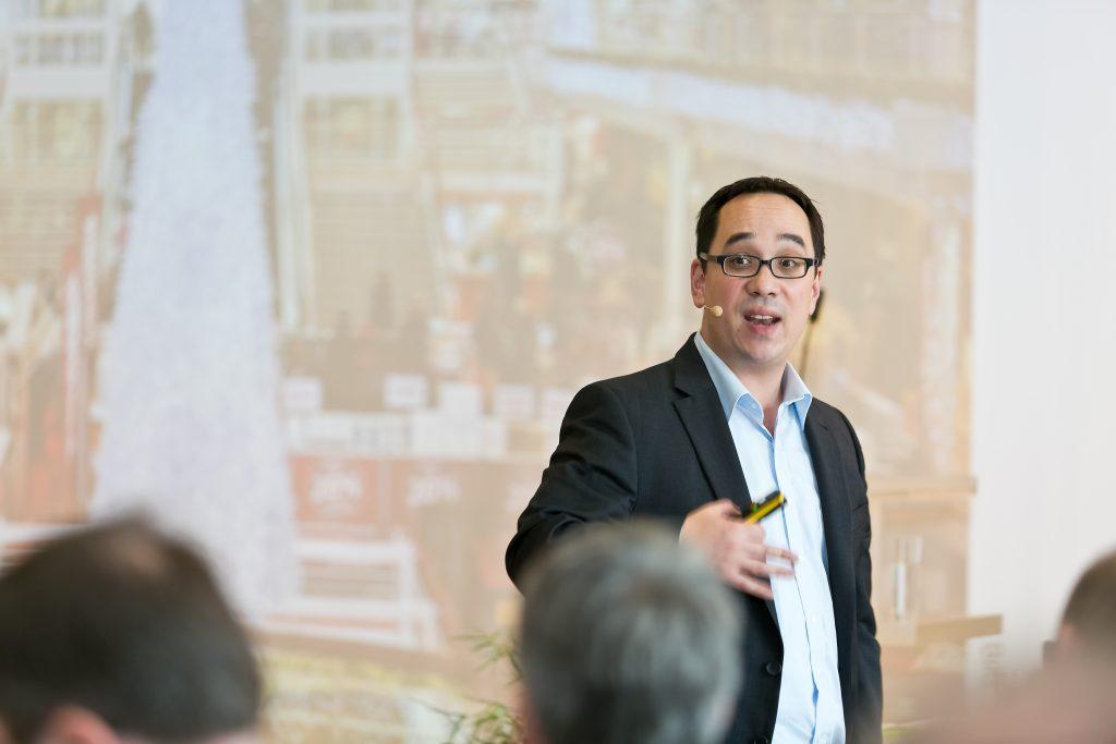 Prof. Nick Lin-Hi von der Universität Vechta