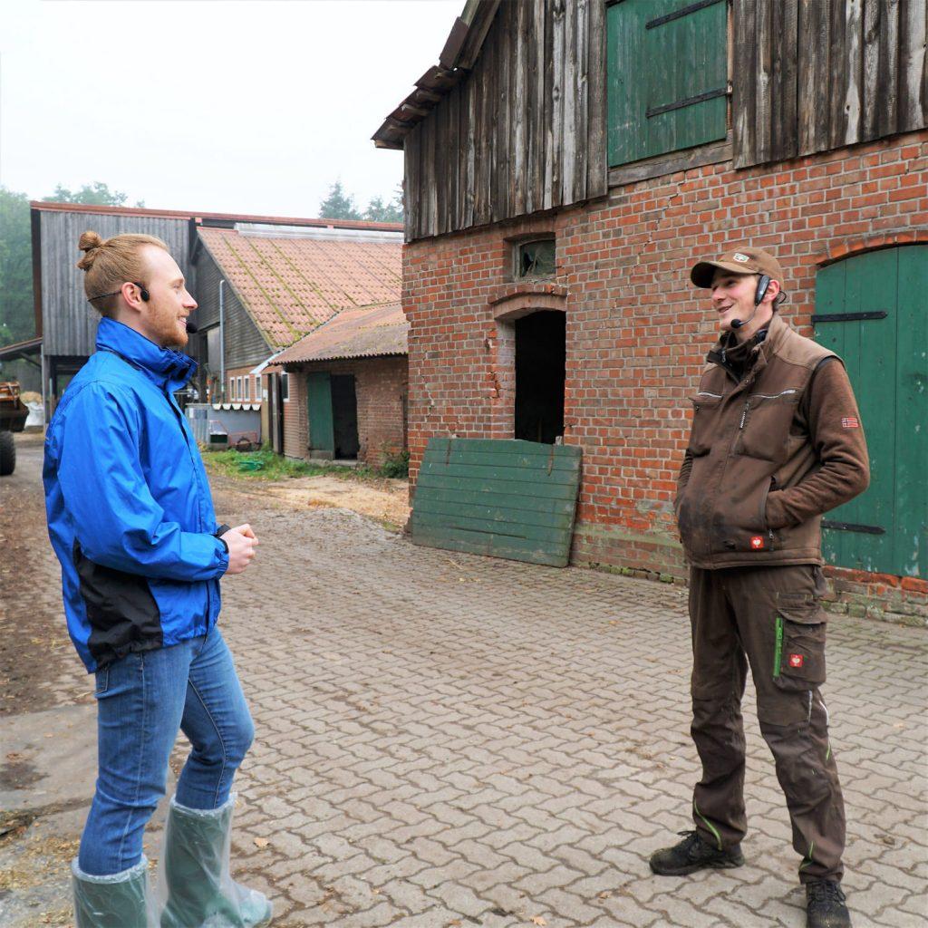 Podcast StadtLandKuh Timo und Johannes auf dem Milchbauernhof