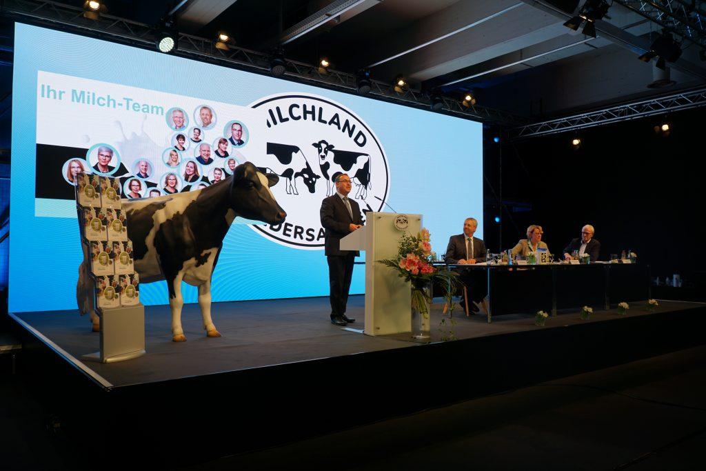 Frank Feuerriegel und Referenten auf der LVN-Mitgliederversammlung