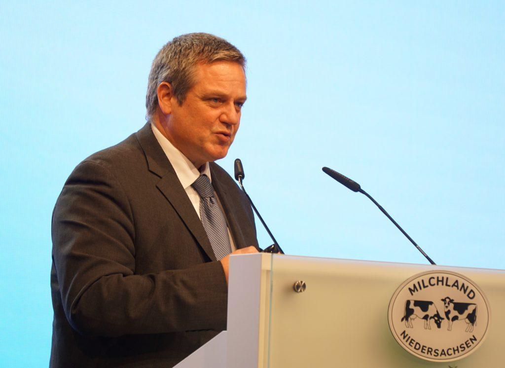 Prof. Dr. Volker Krömker auf der LVN-Mitgliederversammlung