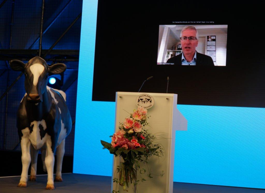 Herbert Heyen, stellvertretender Vorstand der LVN, wurde live zur LVN-Mitgliederversammlung zugeschaltet.
