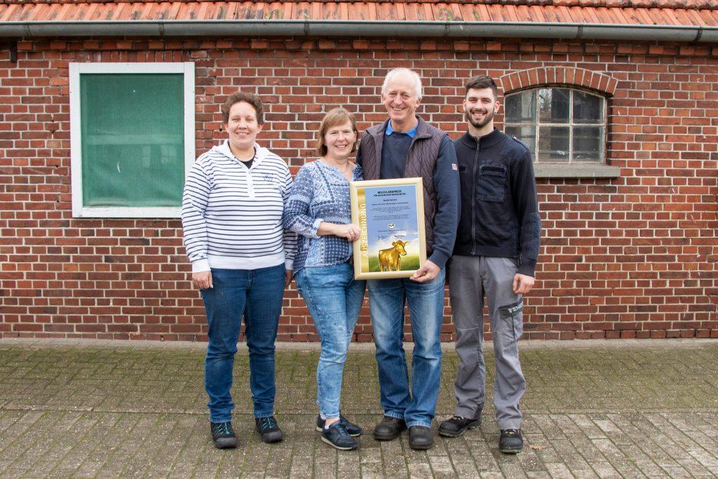 Familie Seetzen TOP 10 Milchlandpreis 2020