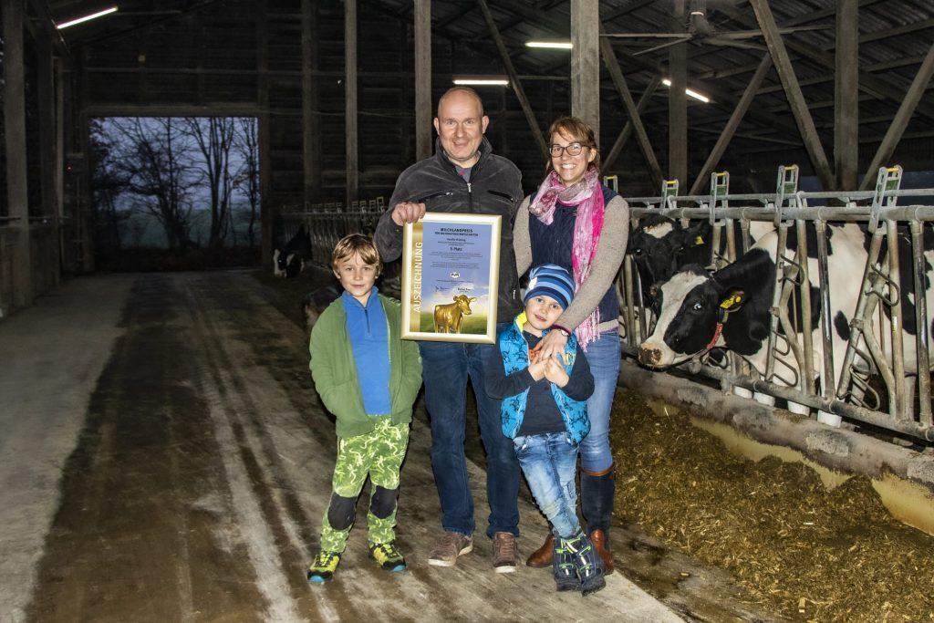 Familie Brüning belegt 3. Platz beim Milchlandpreis 2020