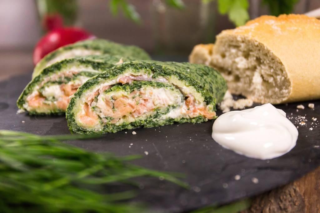 Landgemachtes Serviervorschlag Lachsrolle mit Spinat und Frischkäse