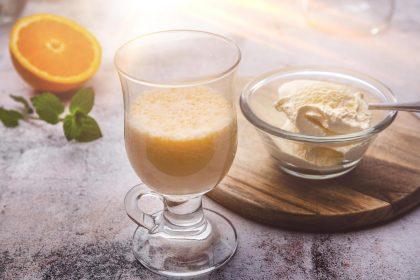 Serviervorschlag Orangen-Eis-Shake