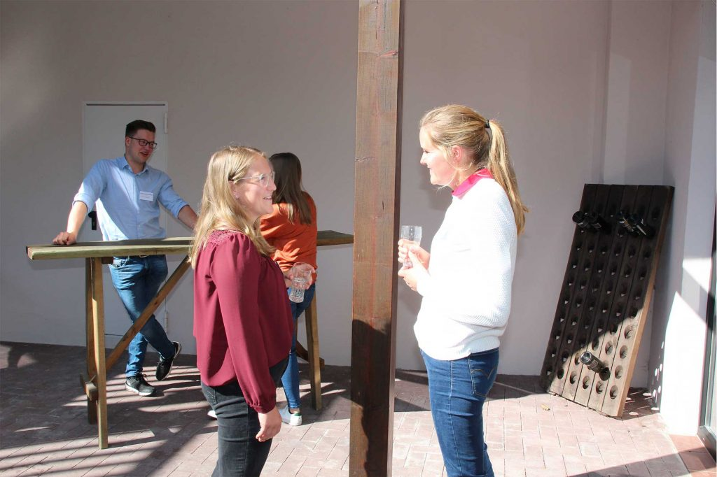 Junglandwirte Anne te Brake und Lena Timmermann